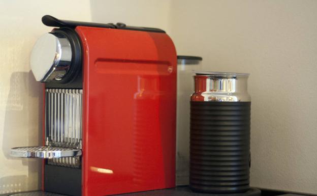 Ojo con el bulo de las cafeteras nespresso gratuitas for Nespresso firma