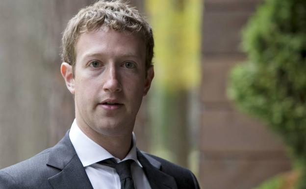 Fundador de Facebook, Mark Zuckerber.