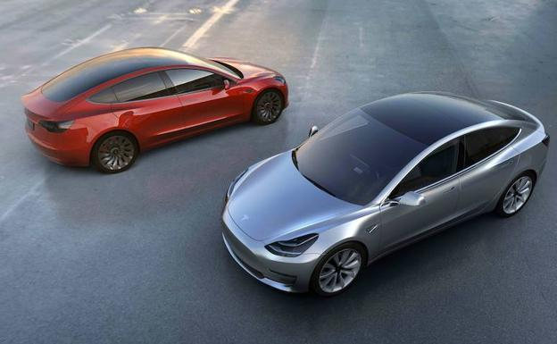 Dos coches Model 3 de Tesla./Afp