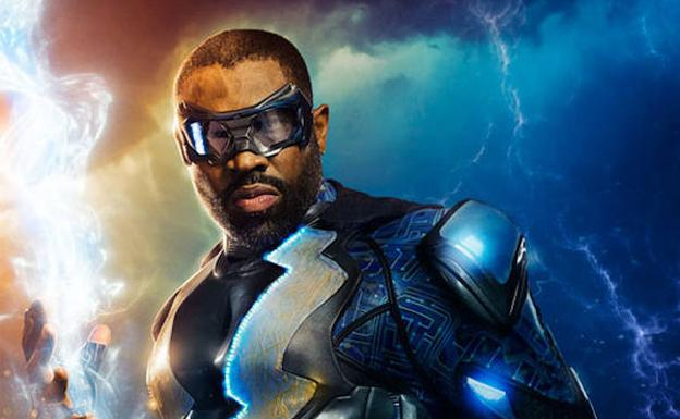El actor Cress Williams da vida al superhéroe Black Lightning. /SUR