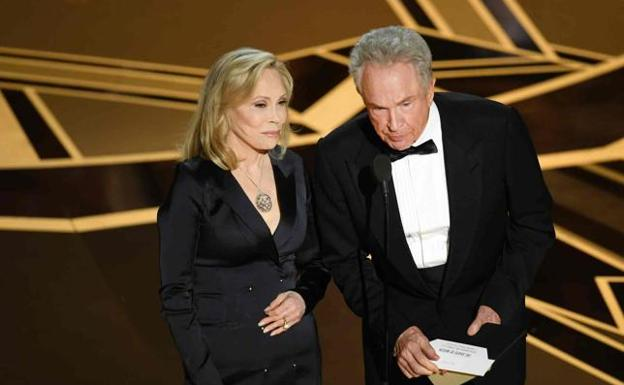 Warren Beatty y Faye Dunaway.