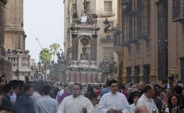 Procesión del Corpus Christi por las calles del Centro. /