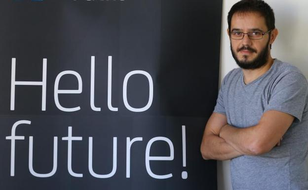 Sergio de los Santos, un 'hacker' malagueño que se adelanta al cibercrimen