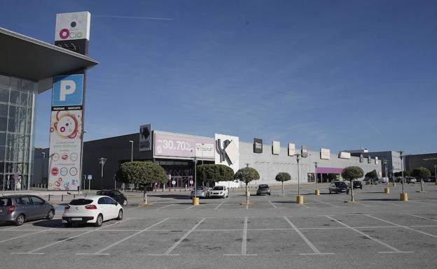 efd2881890 El parque comercial se renovará con la apertura de tres nuevas tiendas.