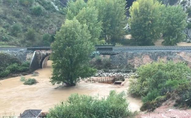 Resultado de imagen de fotos del puente del Guadiaro en Benaoján