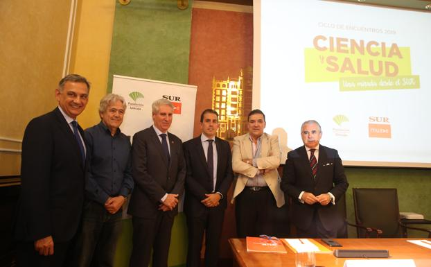 El Dr.Arráez pronuncia una conferencia en Málaga