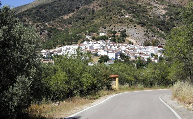 Así son los diez pueblos menos habitados de Málaga