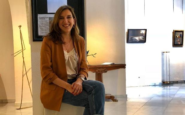 Eugenia Benedito está al frente de la galería inaugurada en Málaga en 1985. /SUR