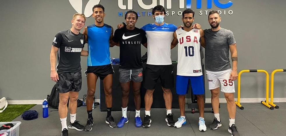 Rolón sigue entrenando en Málaga junto a Tissone a la espera de firmar con un nuevo equipo 2