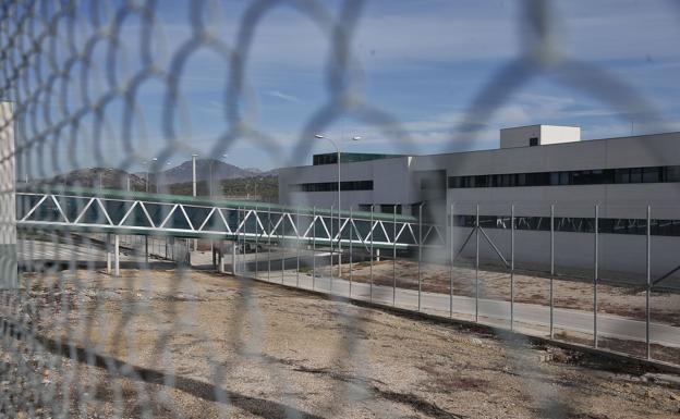 Las cárceles andaluzas sufren brotes con 132 casos y dos estancias hospitalarias / Diario Sur